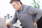 Rückenschmerzen durch den Bürostuhl